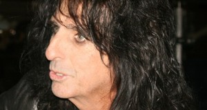 3-Wind With Alice Cooper. -New Interview-  f8ee6b68b87c7