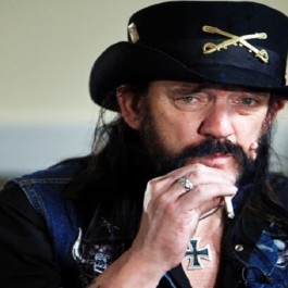 Lemmy_Dec_2015_Dec_28_1