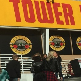 GNR_Tower_Records_Apr_1_2016_F1