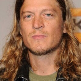 LOS ANGELES, CA - DECEMBER 12:  Musician Wes Scantlin of Puddle of Mudd arrives at Spike TV's 7th Annual Video Game Awards at the Nokia Event Deck at LA Live on December 12, 2009 in Los Angeles, California.  (Photo by Frazer Harrison/Getty Images) *** Local Caption *** Wes Scantlin