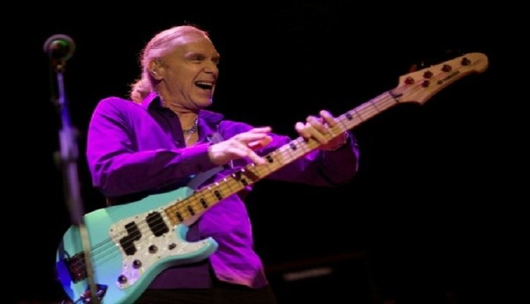 Billy_Sheehan_April_2016_F6