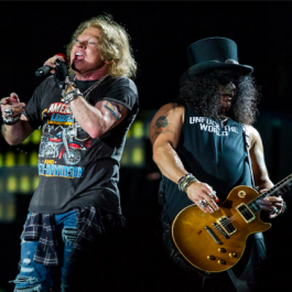 GNR_Axl_Slash_May_F1