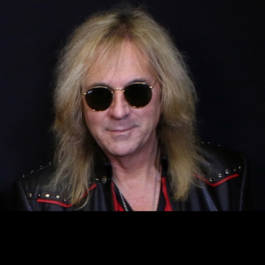 Glenn_Tipton_Judas_Priest_Feb_2018_F2