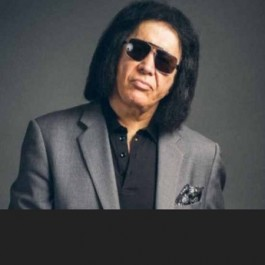 Kiss_Gene_Simmons_July_2018_F1,jpg