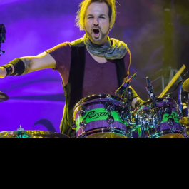 Rikki_Rockett_Poison_July_24_2019_F1